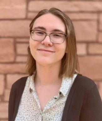Lora Korpar, Administrator